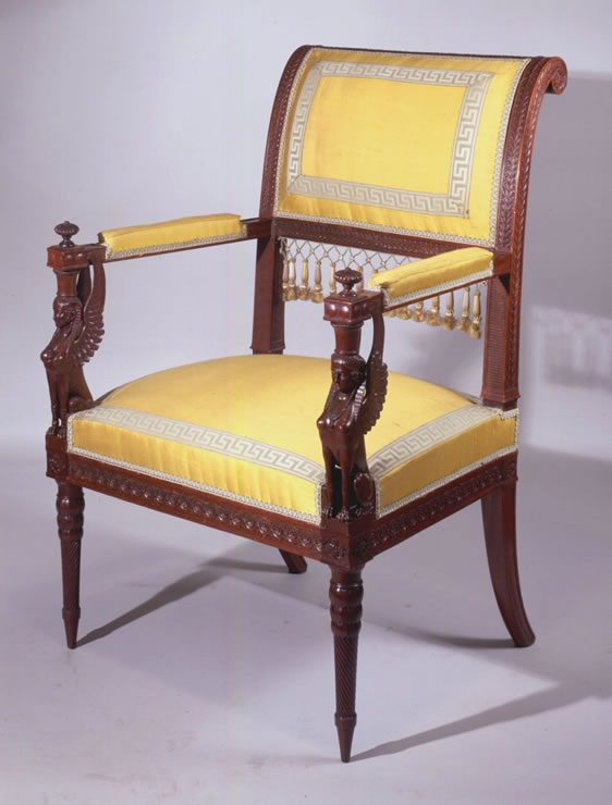 Louis XVI acajou suite consisting of two armchairs and a canapé