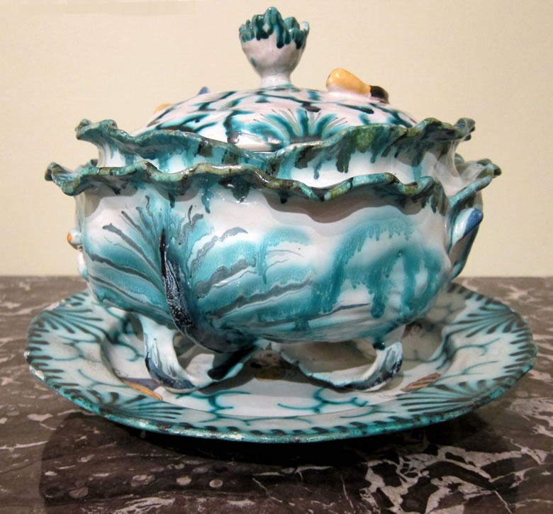 Mombaers faience cabbage-form tureen
