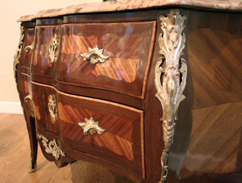 Louis XV commode signed C LEBESGUE